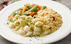scallops-with-chili-garlic-sauce-and-couscous