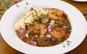 shrimp-etouffee-with-cheese-grits
