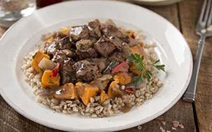beef-with-red-wine-sauce-and-barley